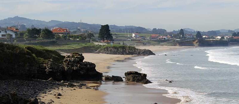 Los Ayuntamientos costeros acuerdan unos criterios comunes para el uso de las playas