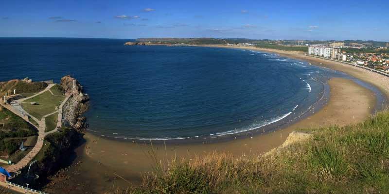 Los Ayuntamientos costeros y el Principado avanzan en la creación de una aplicación para informar sobre la ocupación de las playas