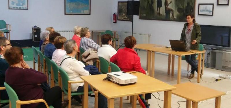 Carreño estrena un punto de información de Europe Direct Asturias