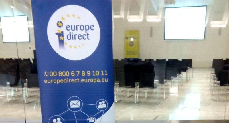 La FACC participa con el programa Europa Direct en una jornada sobre empleo del Ayuntamiento de Oviedo