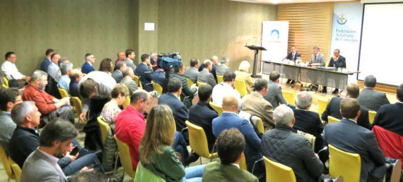 La FACC y CADASA celebran una jornada sobre la gestión de agua en baja
