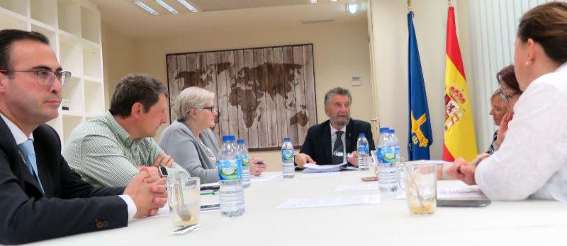 La Comisión Ejecutiva de la FACC aprueba sendas declaraciones institucionales sobre las agresiones a cargos municipales y la situación de Alcoa