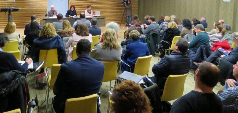 Educación se compromete a estudiar con la FACC nuevos modelos de gestión para las Escuelas de Educación Infantil